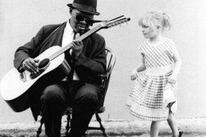 Gary David Penyanyi Musik Blues dan Gospel
